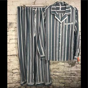 Gilligan O Malley Pajama Set Large NWT Striped